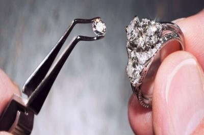 Bateria nuclear usa diamante sintético e pode gerar eletricidade eterna